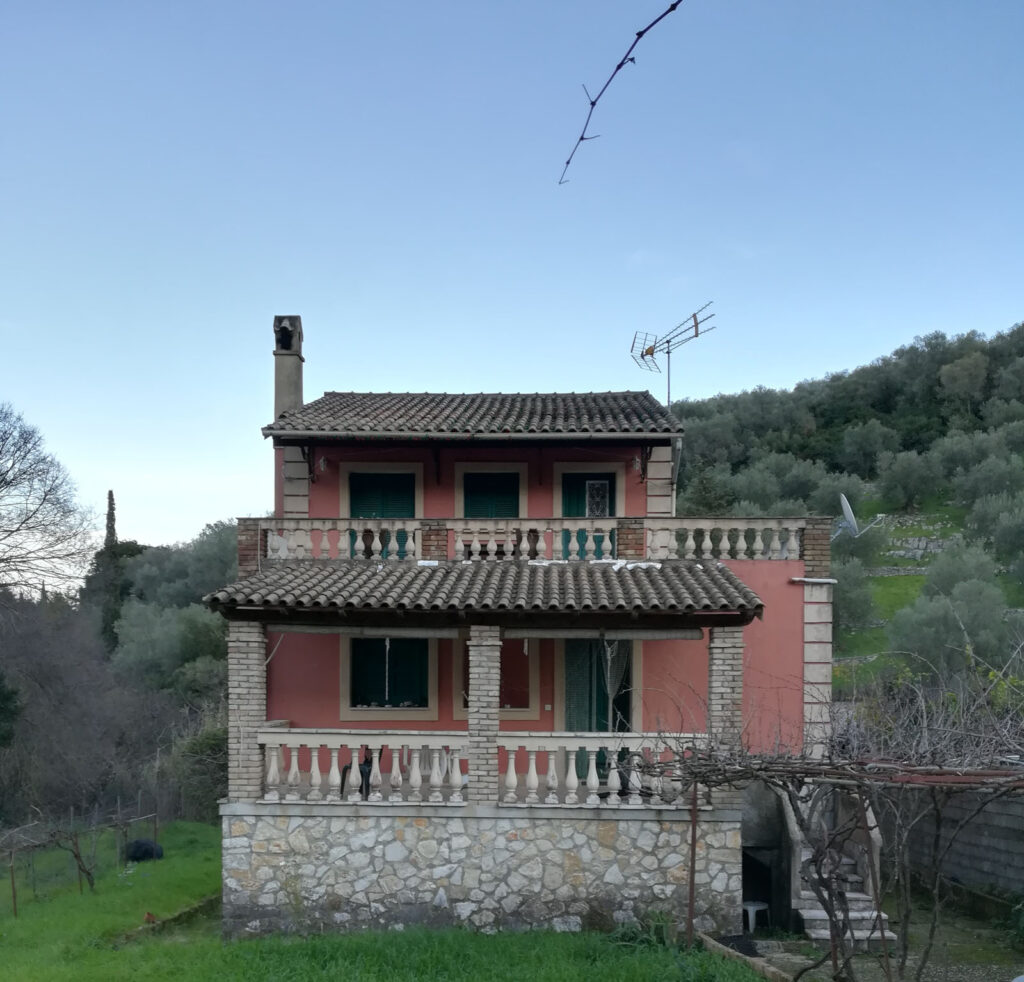 DETACHED HOUSE IN KASSIOPI