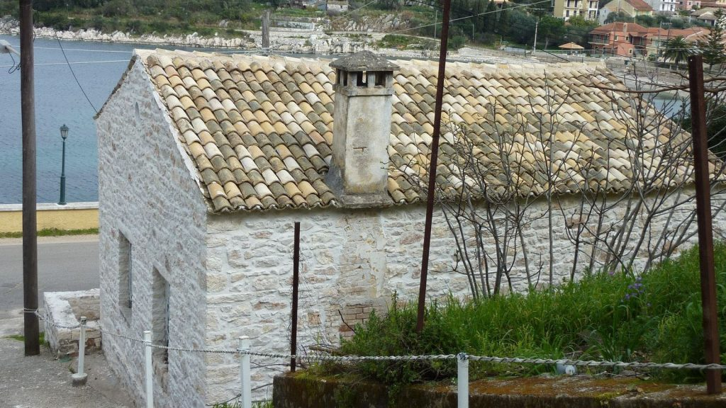 STONE COTTAGE FOR SALE IN KASSIOPI
