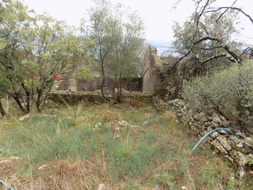 STONE HOUSES FOR SALE