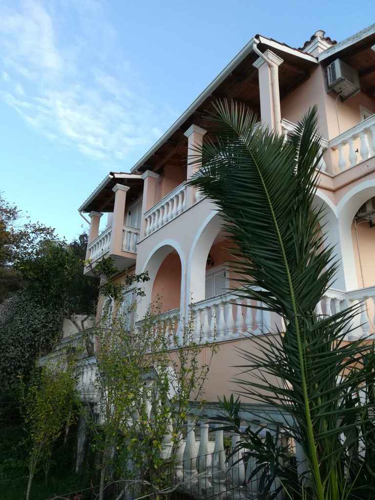 COMPLEX OF APARTMENTS IN KASSIOPI FOR SALE