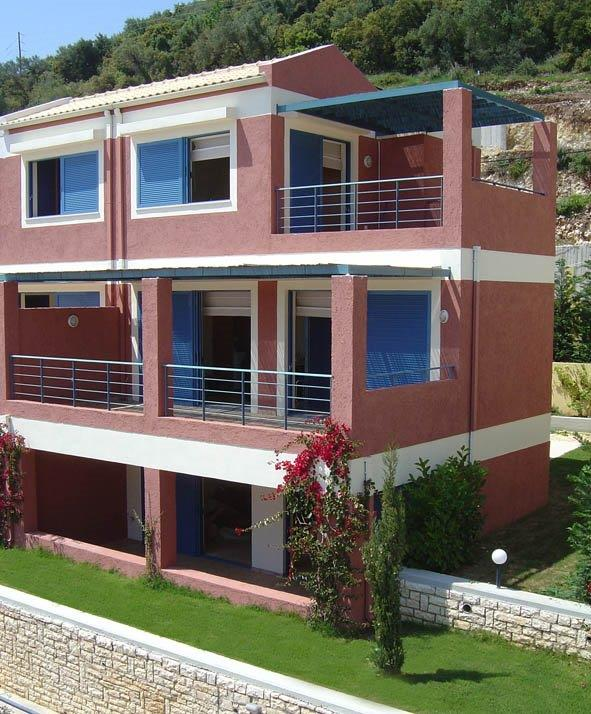 HOUSE FOR SALE IN BARBATI