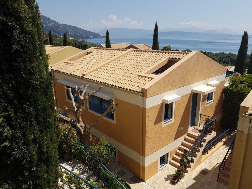 HOUSE FOR SALE IN BARBATI