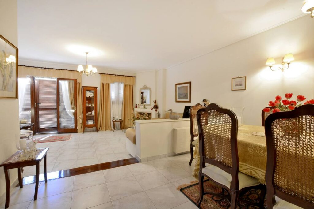 HOUSE FOR SALE IN CORFU SUBURBS