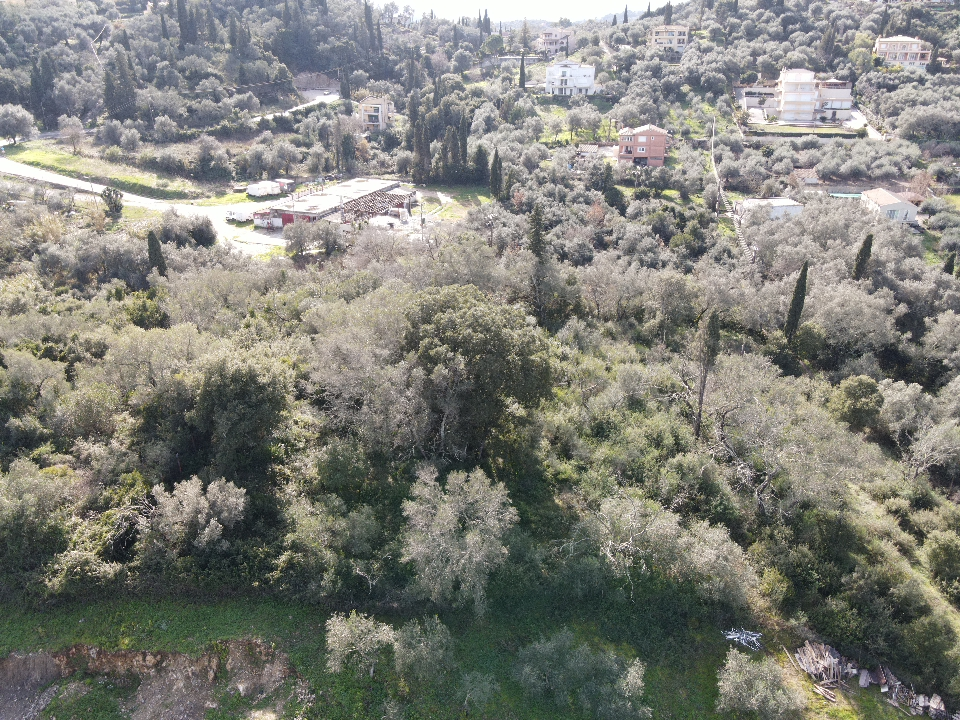 PLOT OF LAND FOR SALE IN GOUVIA