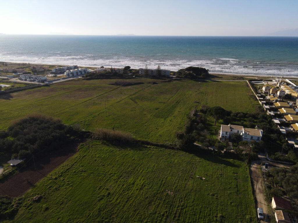 PLOT OF LAND FOR SALE IN ALMYROS