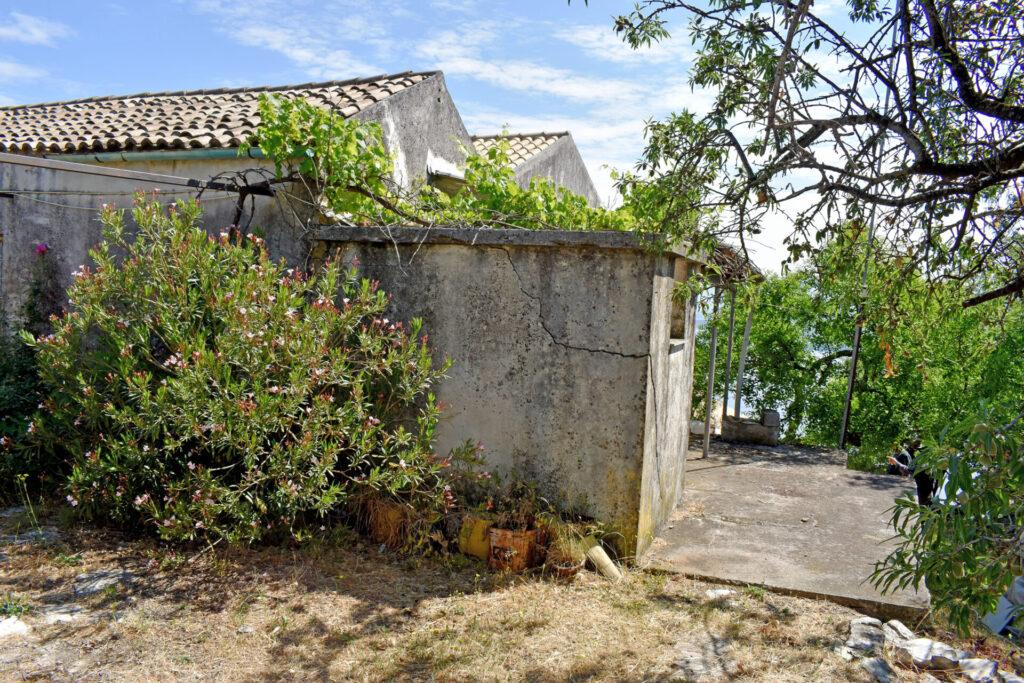 HOUSE FOR SALE IN VIGLA